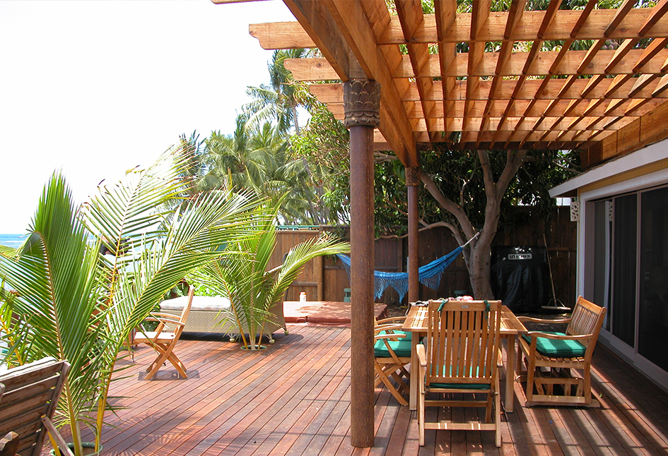 Balinese Hardwood Trellis and Deck • Maui, Hawaii