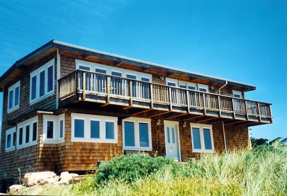 Cedar Beach House Salmon Creek California